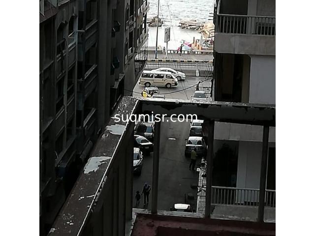 شقة فاخرة مفروشة للايجار - ميامى- الدور ٥-رابع نمرة من الكورنيش - 1